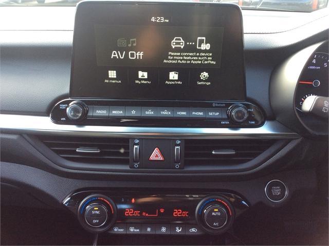 2019 Kia Cerato 5 DR HATCH EX 2 0 for sale in Invercargill