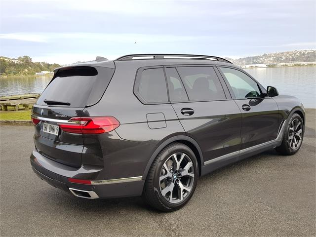 image-4, 2020 BMW X7 xDrive30d SE at Dunedin