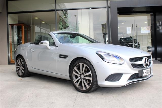 image-1, 2017 MercedesBenz SLC 180 Convertible, NZ New, Low at Christchurch