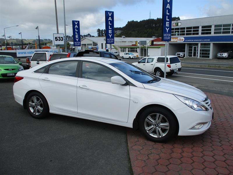 image-1, 2013 HYUNDAI i45 2.0 A6 at Dunedin