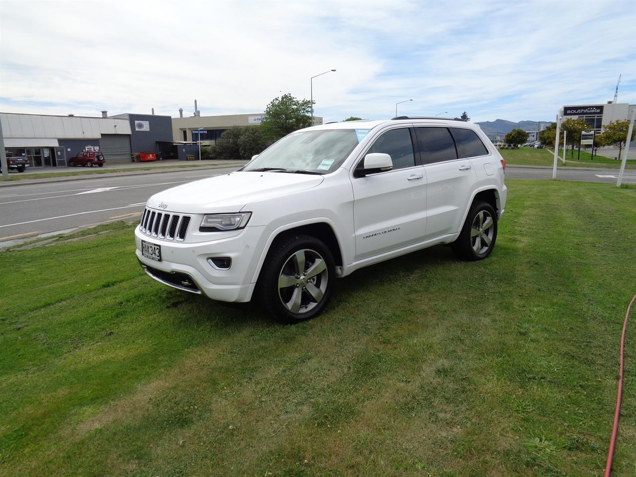 image-2, 2013 Jeep Grand Cherokee 3.0L V6 CRD OVERLAND at Christchurch