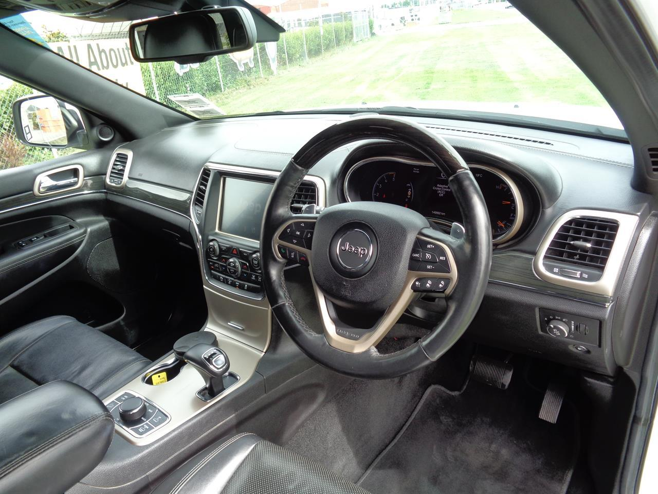 image-9, 2013 Jeep Grand Cherokee 3.0L V6 CRD OVERLAND at Christchurch