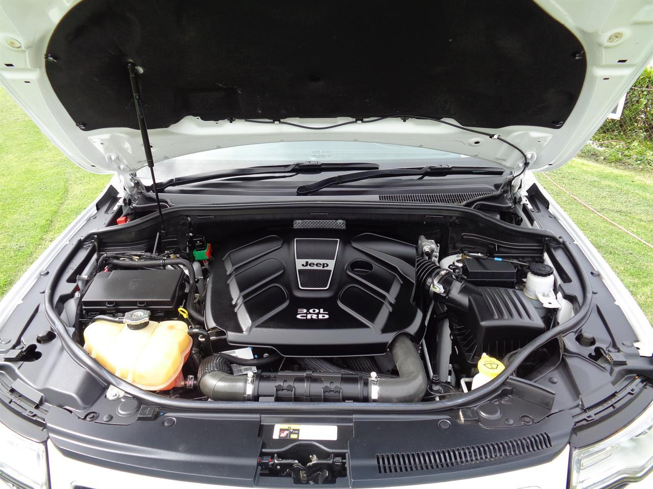 image-13, 2013 Jeep Grand Cherokee 3.0L V6 CRD OVERLAND at Christchurch