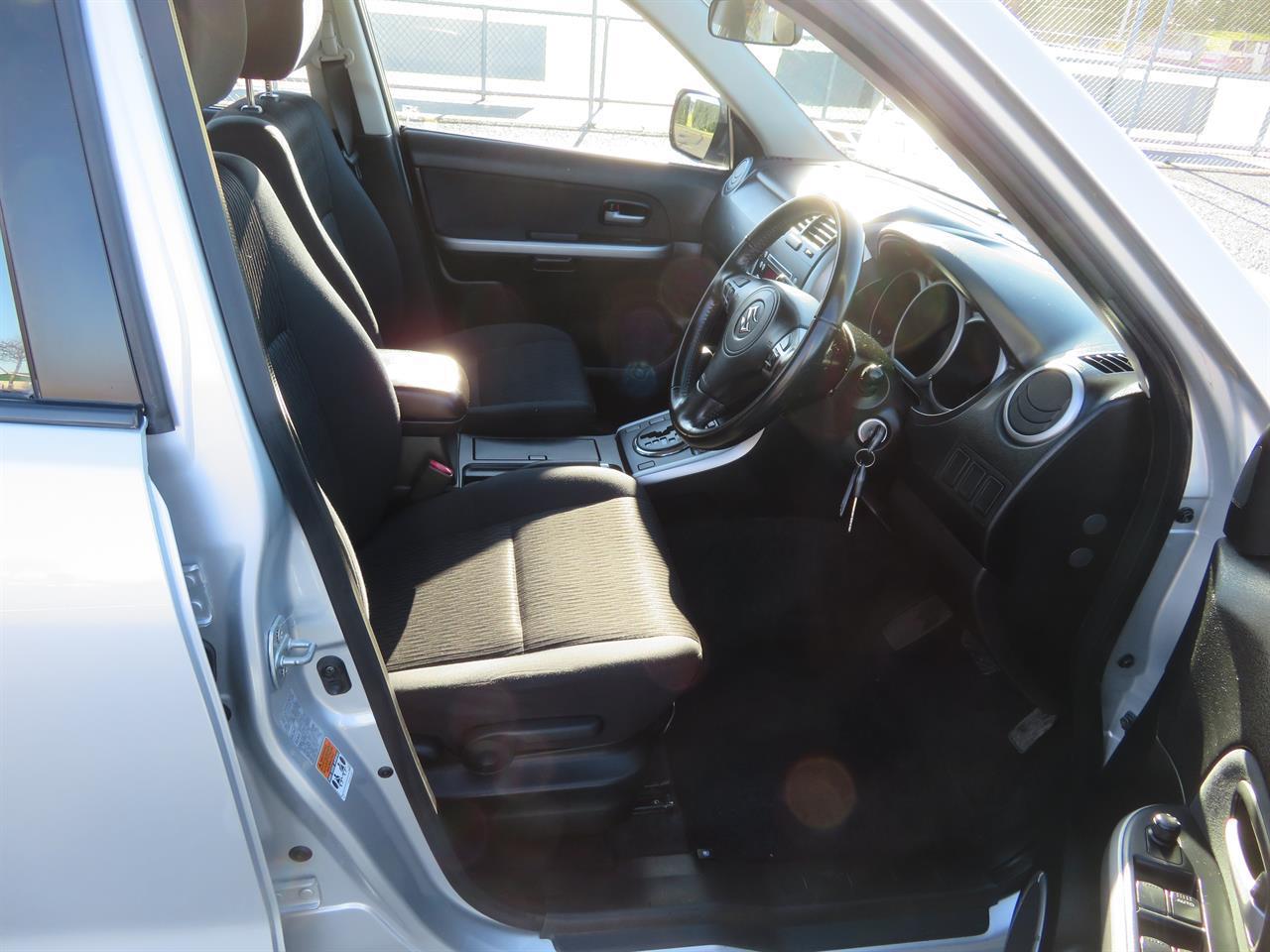 image-10, 2013 Suzuki Vitara Grand 2WD at Gore