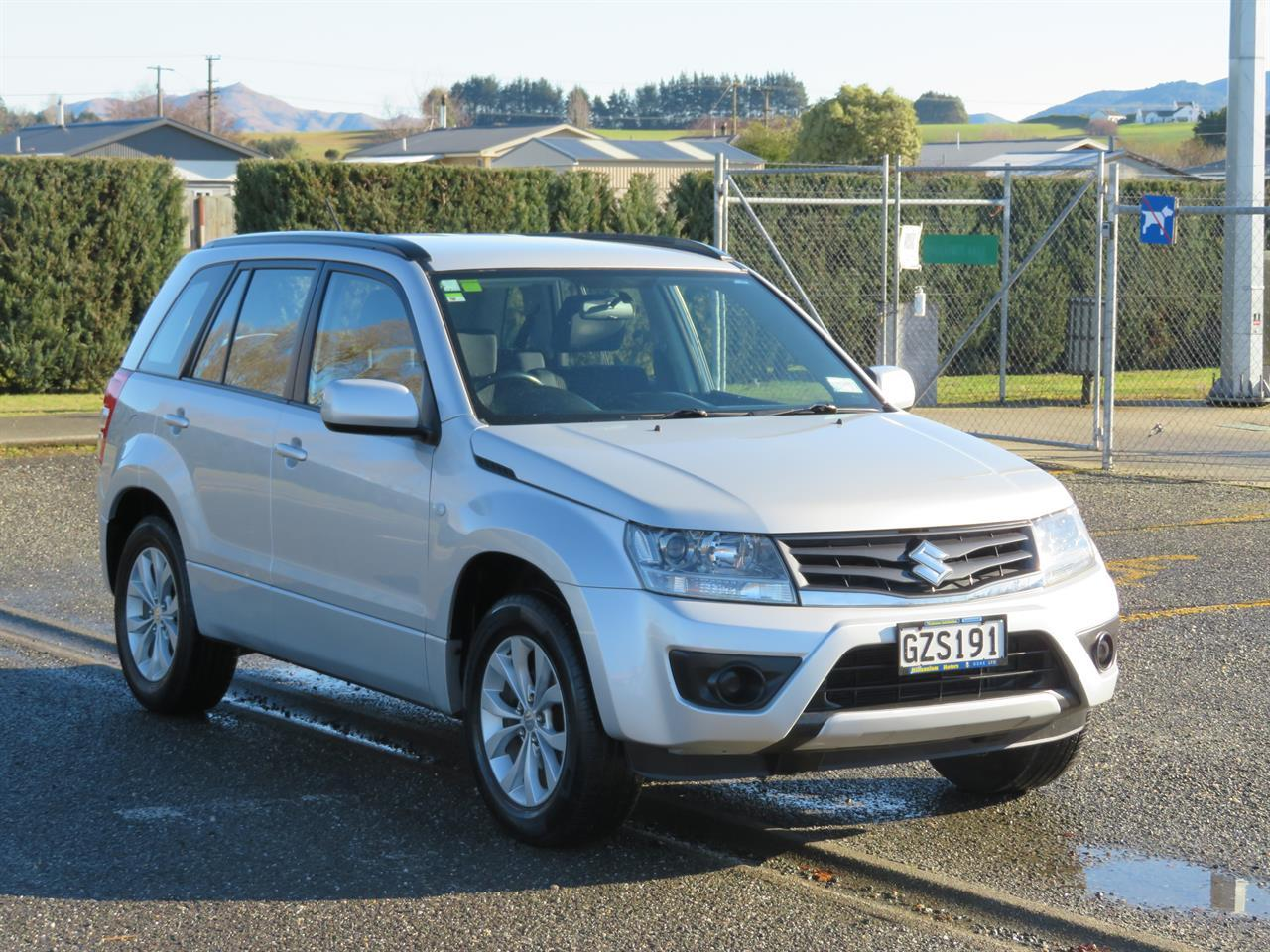 image-0, 2013 Suzuki Vitara Grand 2WD at Gore