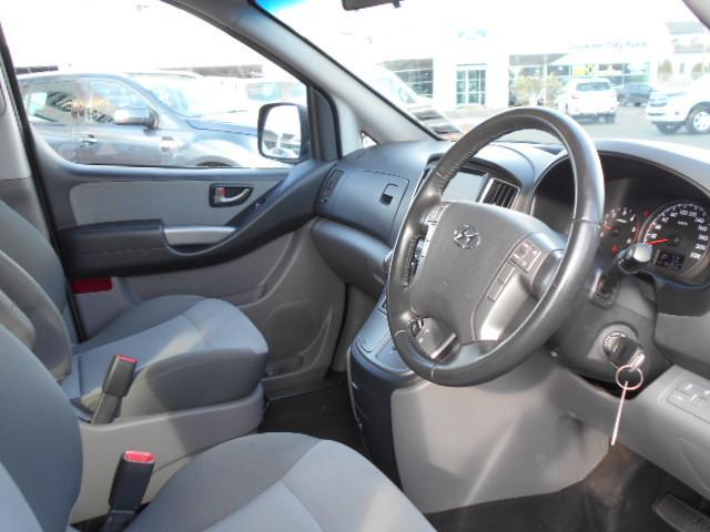 image-15, 2017 Hyundai iMAX 2.5 Diesel auto 8 seat coach Van at Dunedin