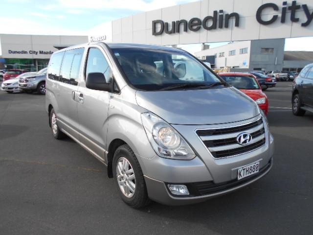 image-1, 2017 Hyundai iMAX 2.5 Diesel auto 8 seat coach Van at Dunedin