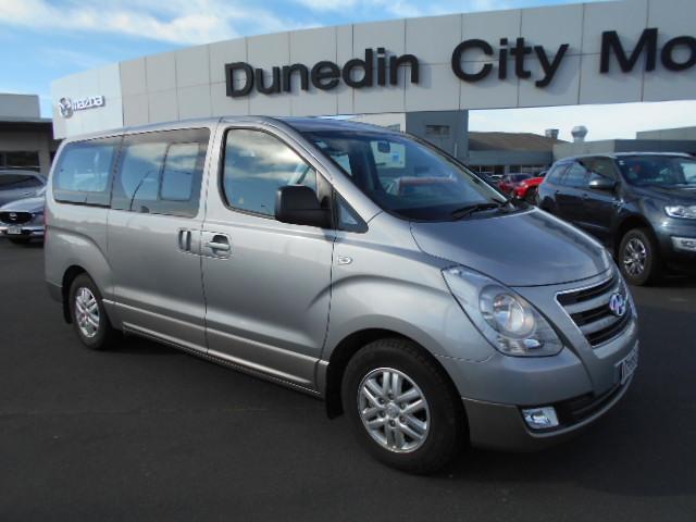 image-0, 2017 Hyundai iMAX 2.5 Diesel auto 8 seat coach Van at Dunedin