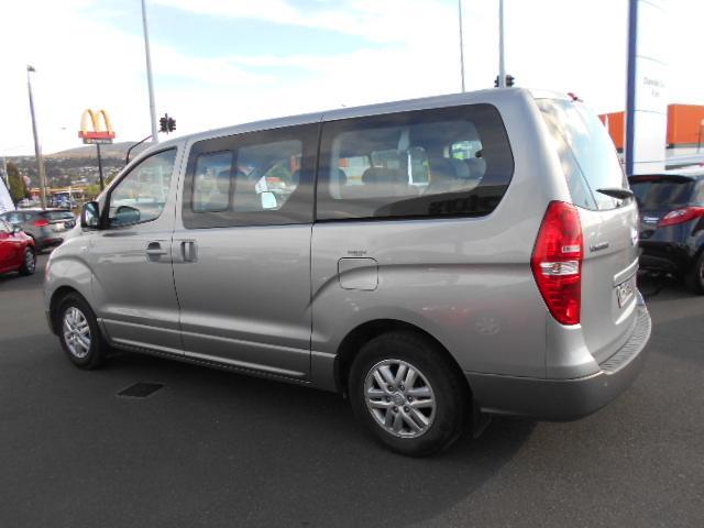 image-3, 2017 Hyundai iMAX 2.5 Diesel auto 8 seat coach Van at Dunedin