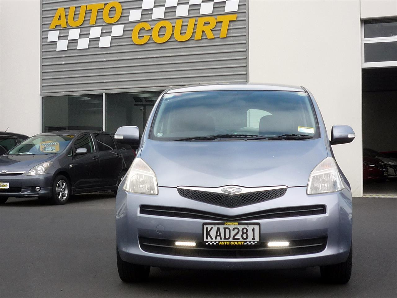 image-8, 2006 Toyota Ractis at Dunedin