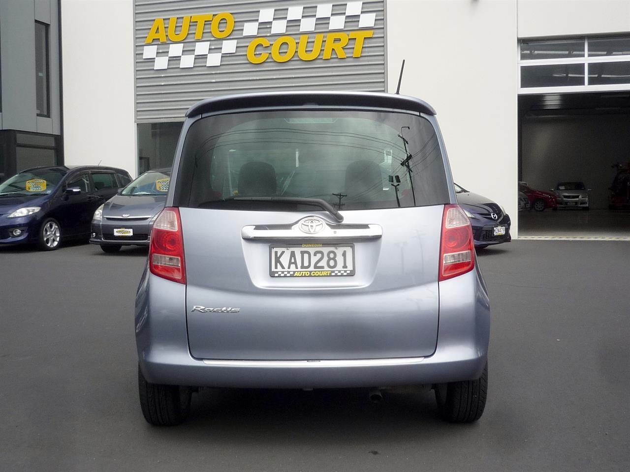 image-16, 2006 Toyota Ractis at Dunedin