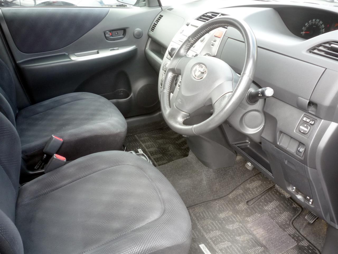 image-3, 2006 Toyota Ractis at Dunedin