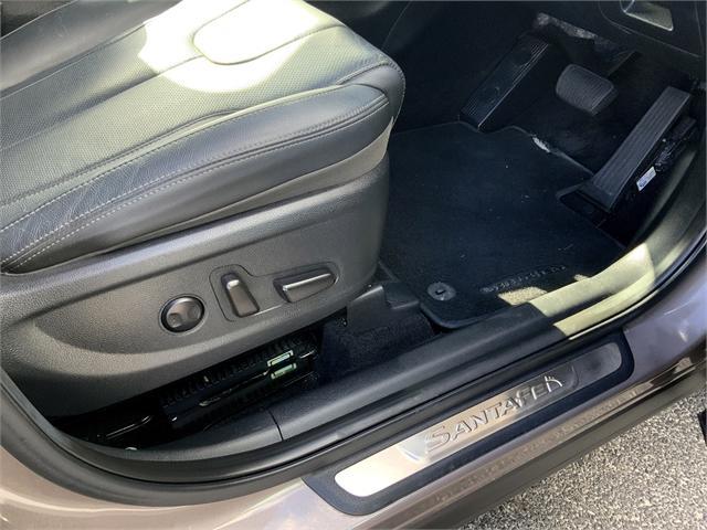 image-17, 2018 Hyundai Santa Fe TM 2.2D Elite 7S at Dunedin