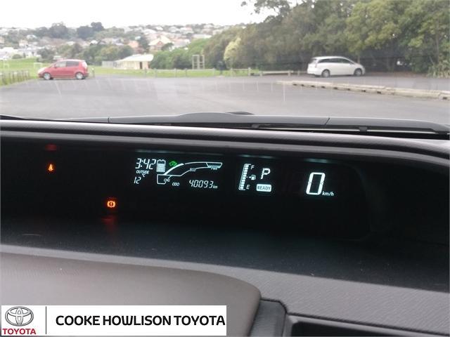 image-13, 2014 Toyota Aqua Hatchback at Dunedin
