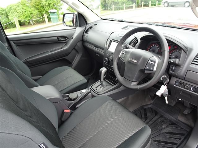 image-8, 2020 Isuzu D-Max LX Space Cab 4WD Auto KZ at Dunedin