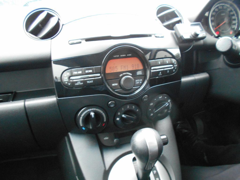 image-13, 2014 Mazda 2 CLASSIC 1.5 4AT at Dunedin