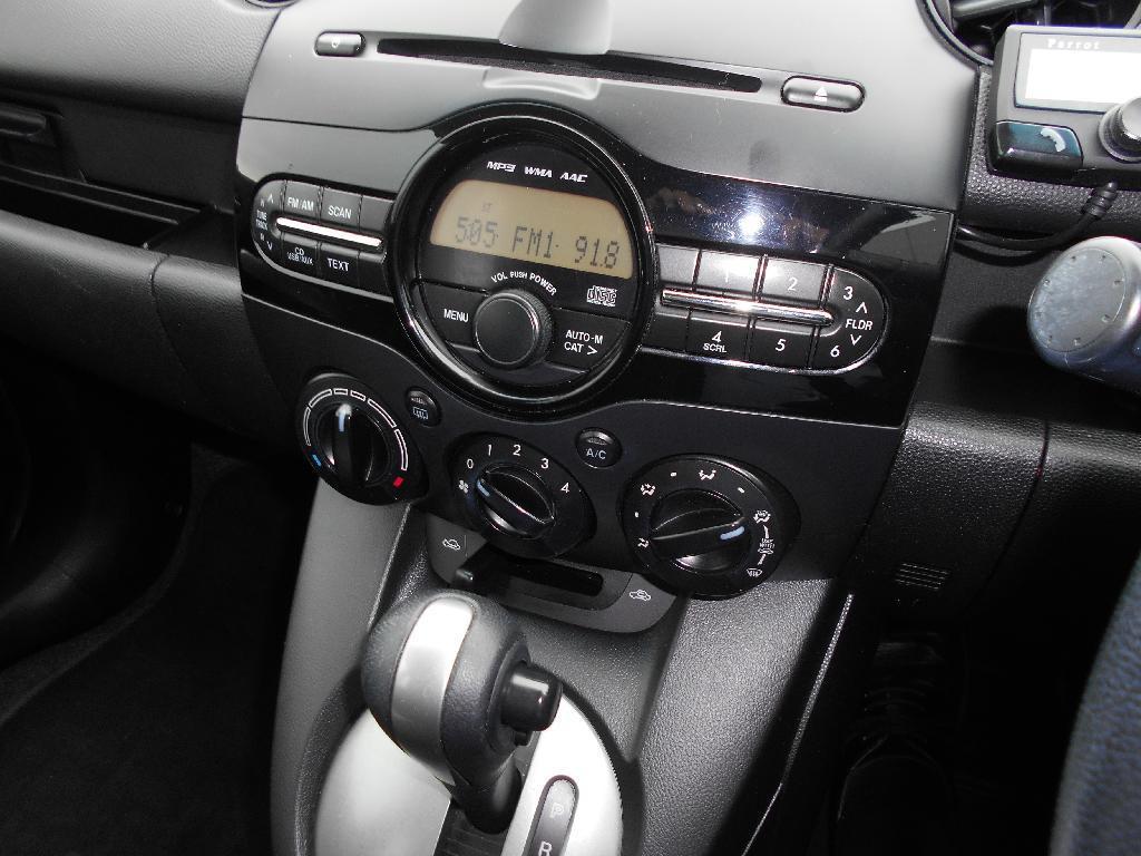 image-11, 2014 Mazda 2 CLASSIC 1.5 4AT at Dunedin
