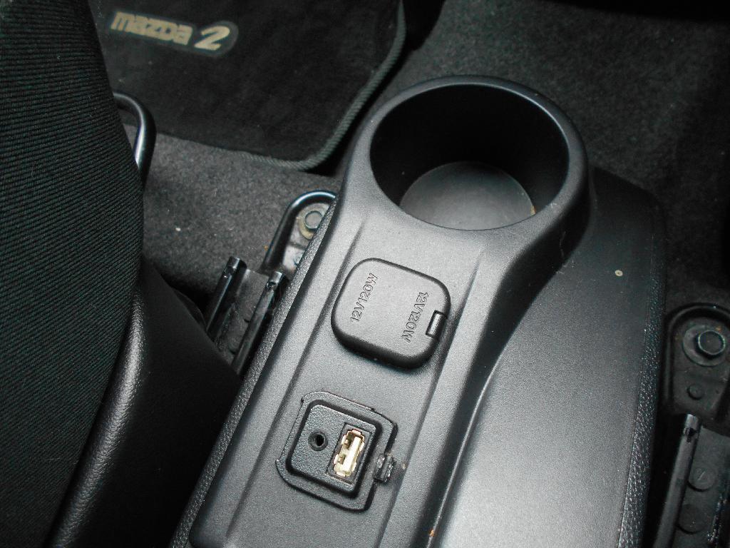 image-12, 2014 Mazda 2 CLASSIC 1.5 4AT at Dunedin