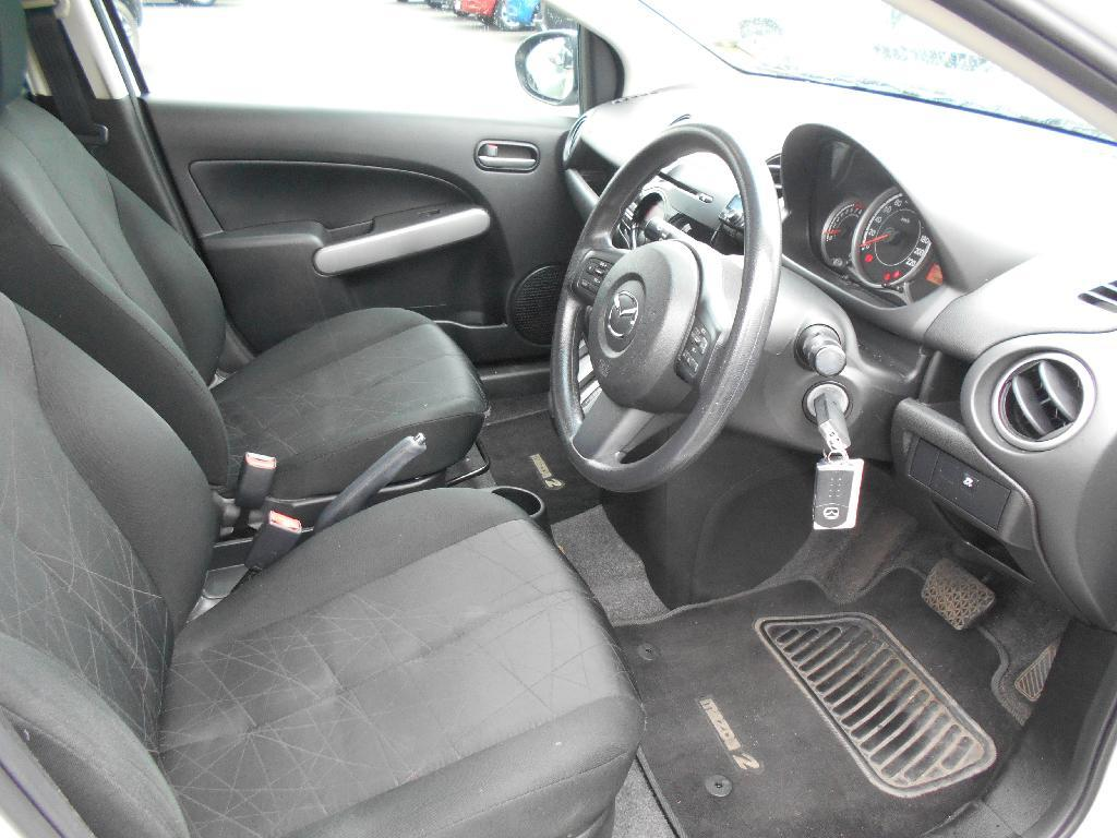 image-7, 2014 Mazda 2 CLASSIC 1.5 4AT at Dunedin