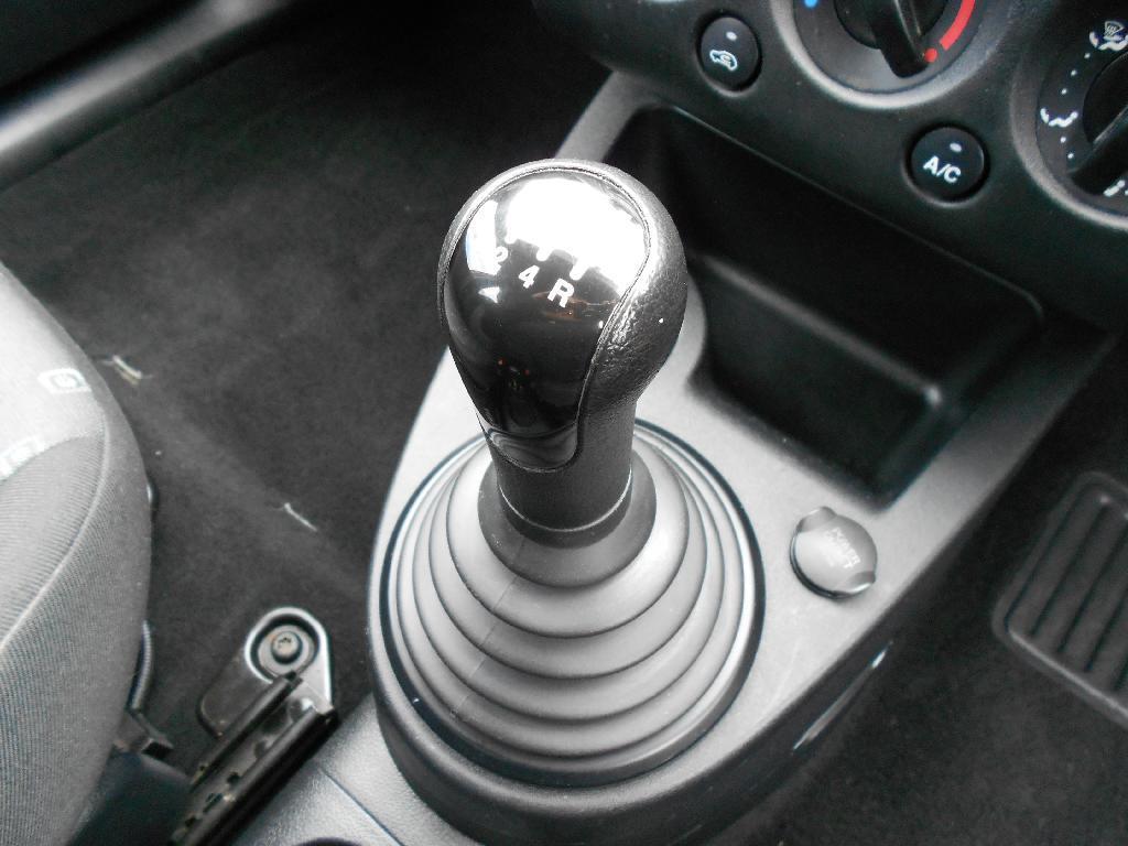 image-9, 2005 Ford FIESTA 5 Door Manual 1.6 Hatch at Dunedin