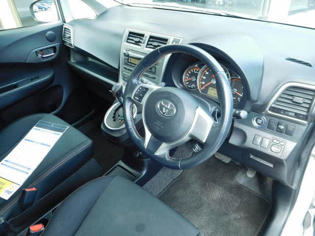 image-9, 2011 Toyota Ractis hatch at Dunedin