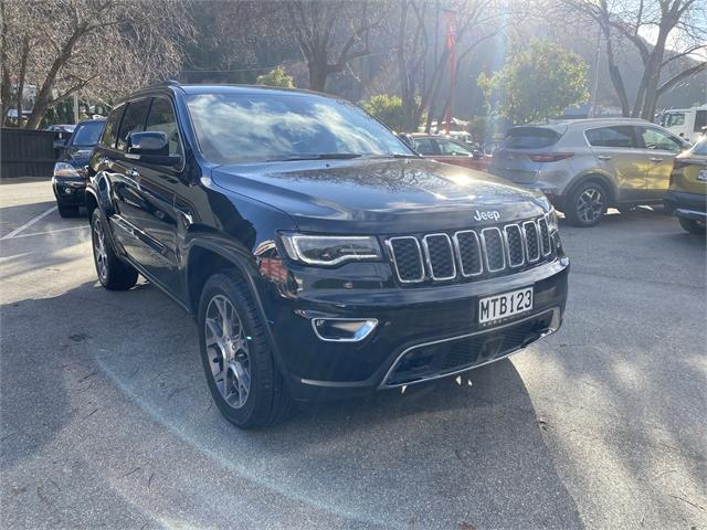 image-0, 2020 Jeep Grand Cherokee 3.0 Diesel Limited at Central Otago