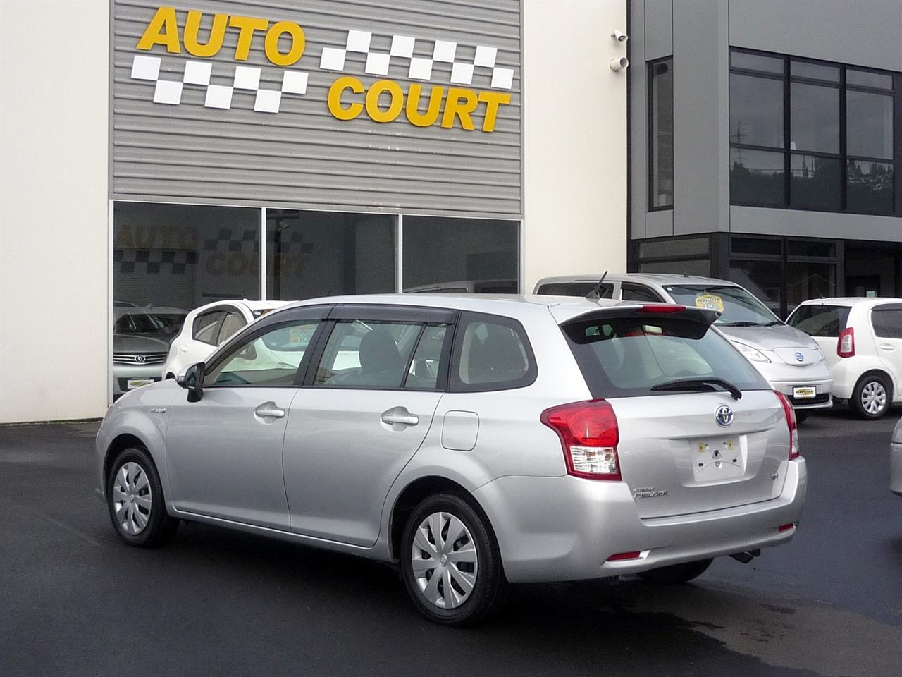 image-1, 2013 Toyota Corolla Fielder Hybrid at Dunedin