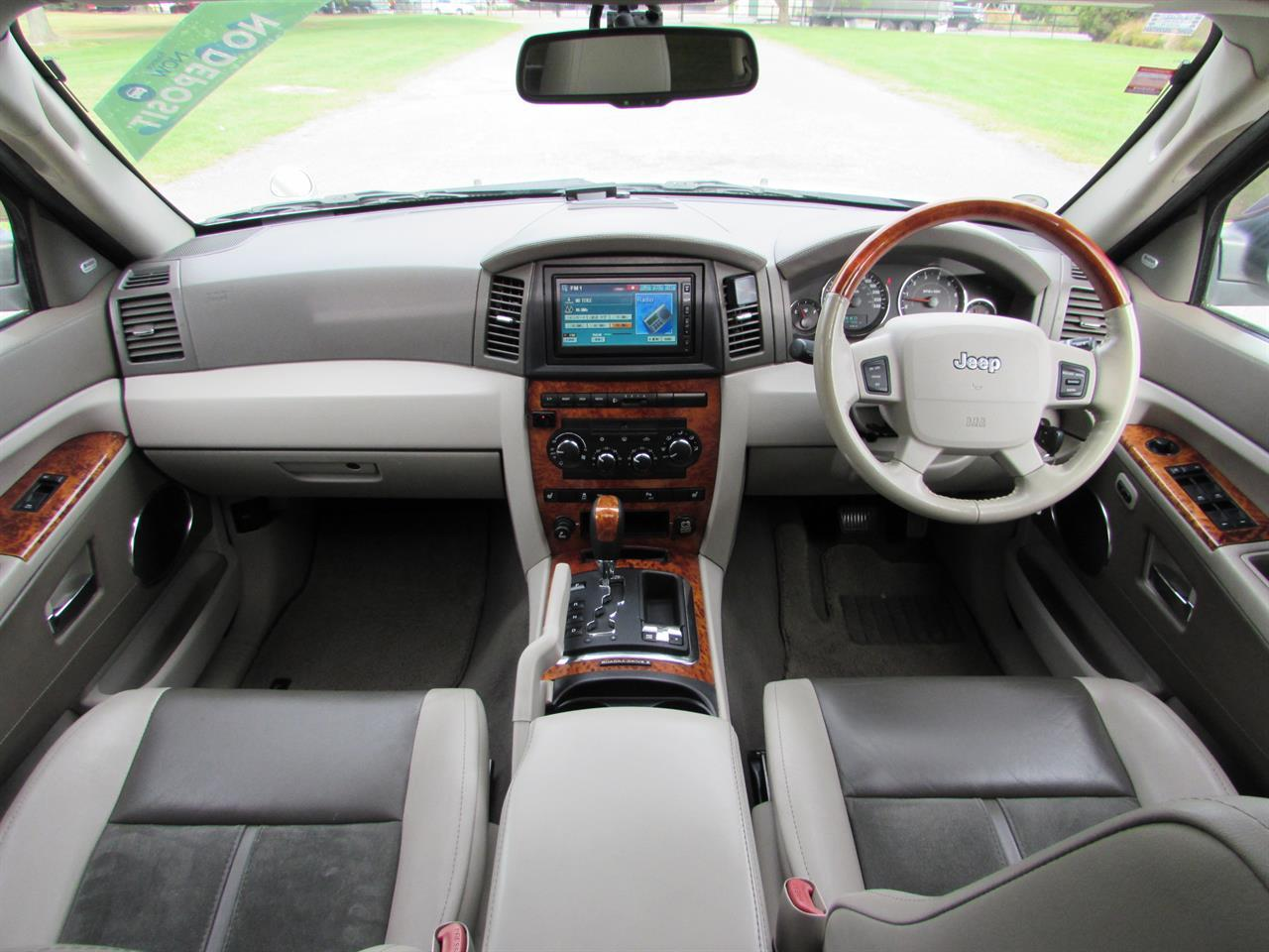 image-9, 2007 Jeep Grand Cherokee Limited 5.7L Hemi V8 at Christchurch