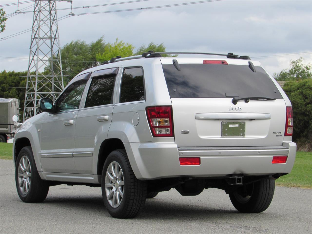 image-3, 2007 Jeep Grand Cherokee Limited 5.7L Hemi V8 at Christchurch