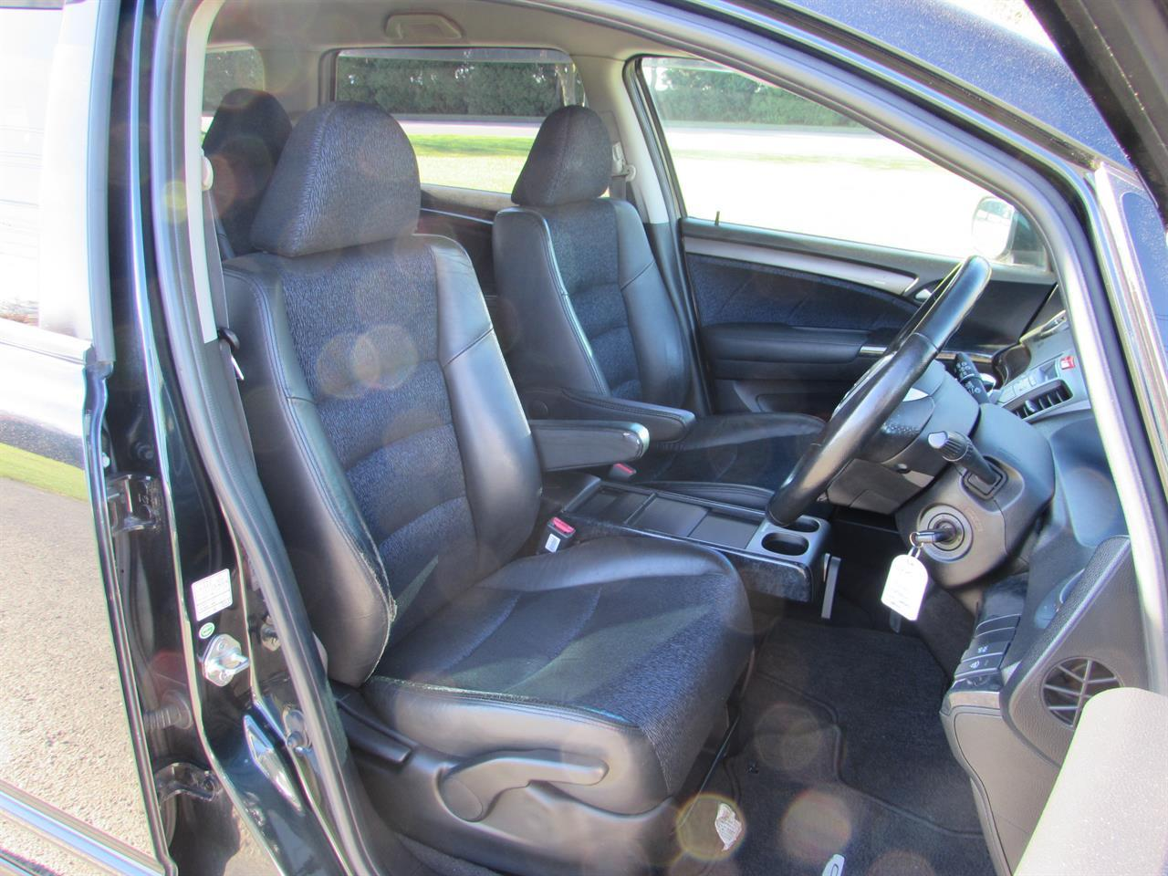 image-7, 2008 Honda Odyssey Absolute at Christchurch