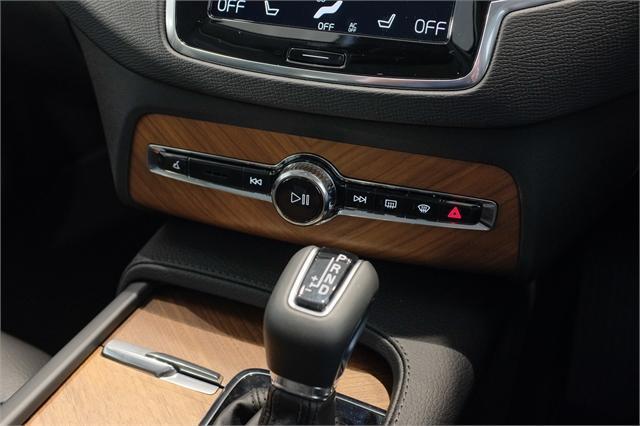 image-14, 2021 Volvo XC90 D5 Awd Momentum 2.0L Diesel at Dunedin
