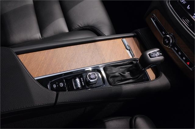 image-13, 2021 Volvo XC90 D5 Awd Momentum 2.0L Diesel at Dunedin