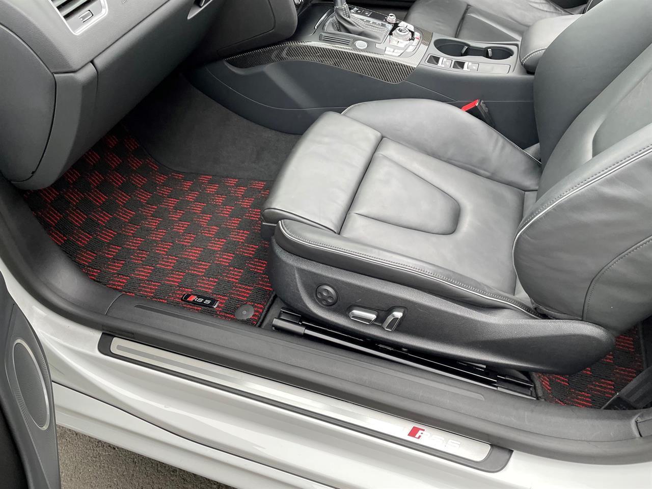 image-8, 2013 Audi RS5 4.2 V8 FSI Facelift Convertible at Christchurch
