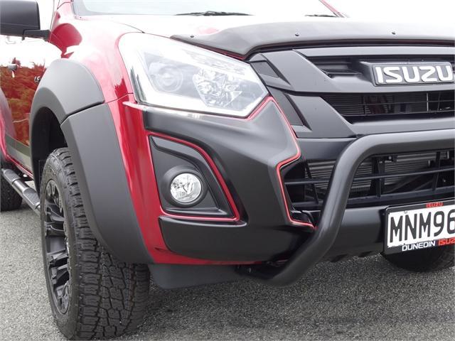image-5, 2019 Isuzu D-Max LS 4WD Auto Shadow Edition at Dunedin