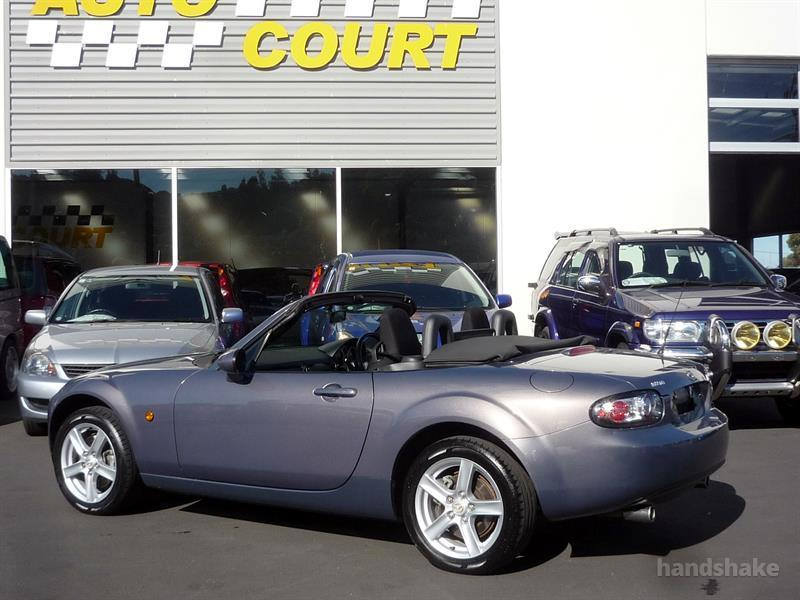 image-1, 2006 MAZDA ROADSTER at Dunedin