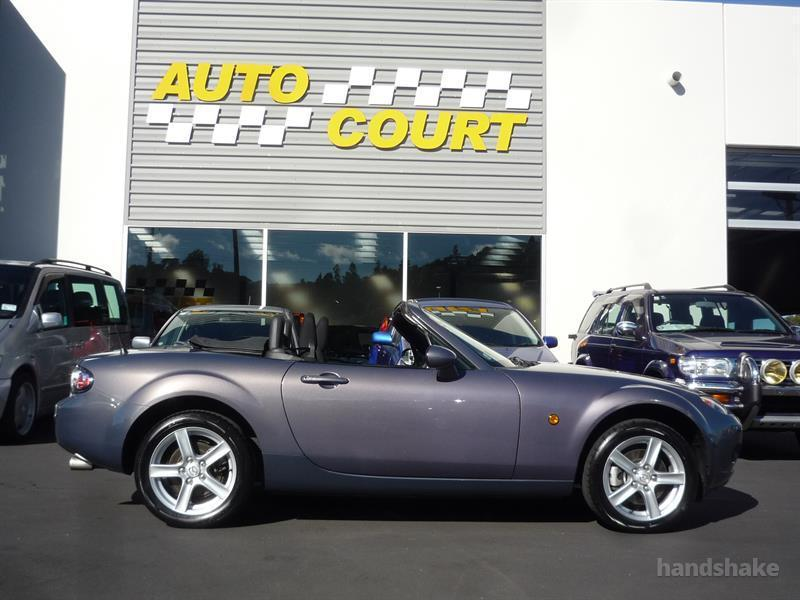 image-9, 2006 MAZDA ROADSTER at Dunedin