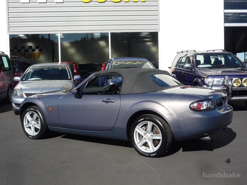 image-18, 2006 MAZDA ROADSTER at Dunedin