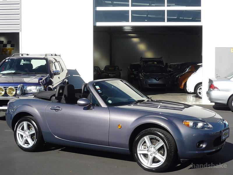 image-0, 2006 MAZDA ROADSTER at Dunedin