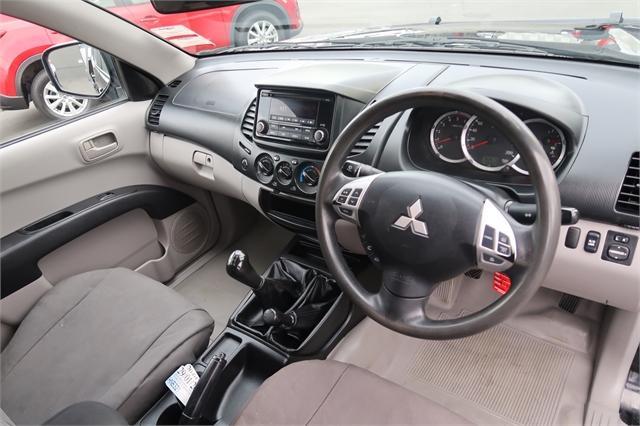 image-2, 2014 Mitsubishi Triton GL 2.5D Flat Deck 4WD at Christchurch