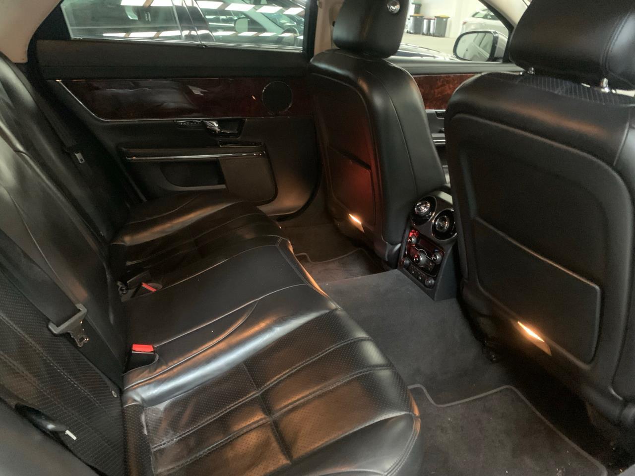 image-9, 2011 Jaguar XJ 5.0L V8 at Christchurch