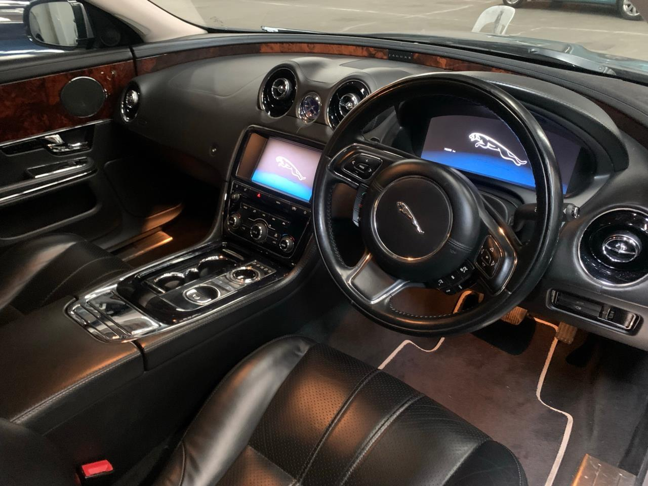image-5, 2011 Jaguar XJ 5.0L V8 at Christchurch