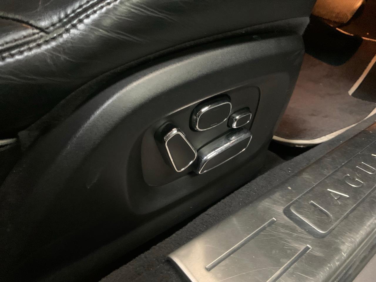 image-8, 2011 Jaguar XJ 5.0L V8 at Christchurch