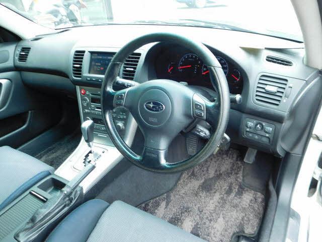 image-8, 2004 Subaru Legacy 30l at Dunedin
