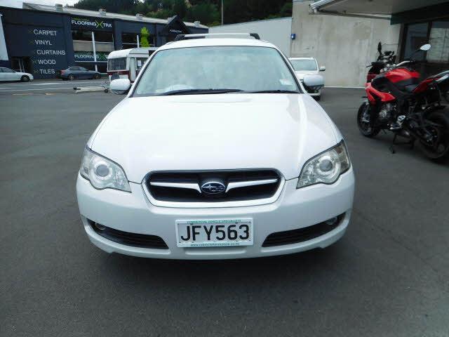 image-1, 2004 Subaru Legacy 30l at Dunedin