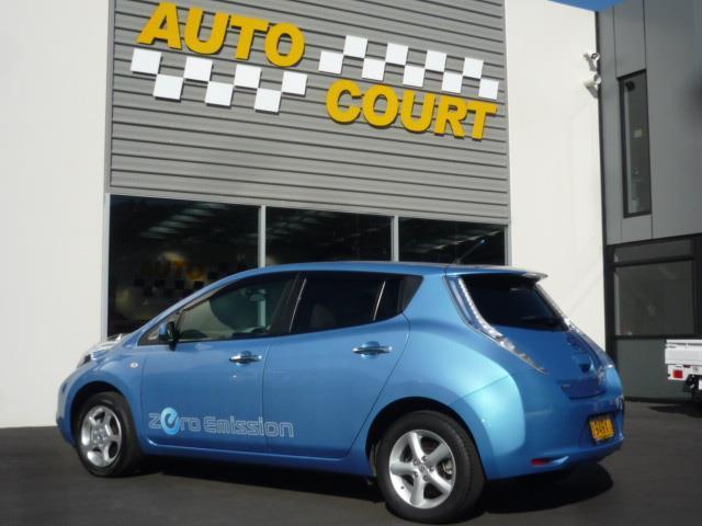 image-1, 2011 Nissan Leaf 24X (SOH 74.31%) at Dunedin