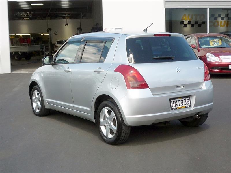 image-16, 2005 Suzuki Swift XS 4WD at Dunedin