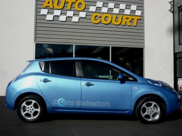 image-14, 2011 Nissan Leaf 24X (SOH 74.31%) at Dunedin