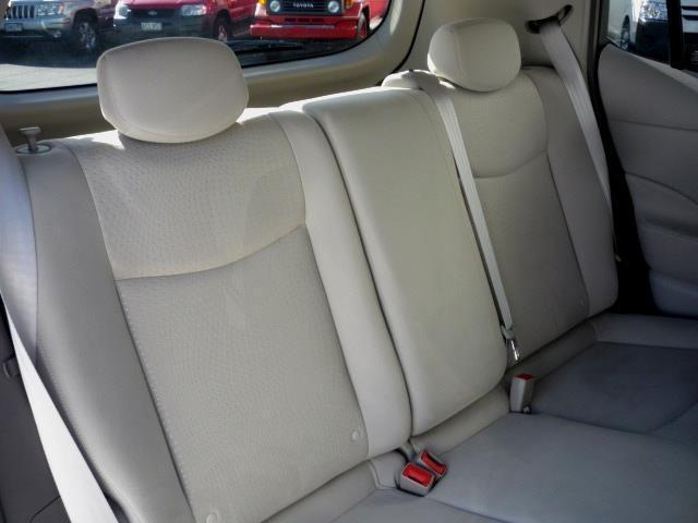 image-8, 2011 Nissan Leaf 24X (SOH 74.31%) at Dunedin