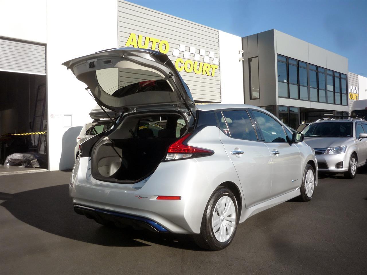 image-14, 2018 Nissan Leaf 40X (SOH 91.80%) at Dunedin