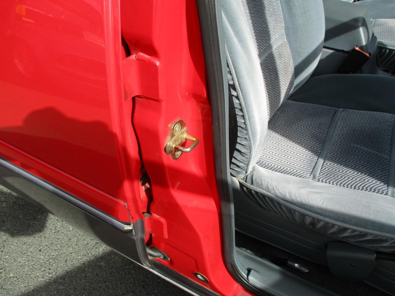image-18, 1993 Holden Calais VP 3.8lt V6 at Dunedin